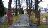 Zámek : Kamenice - vstupní brána do zámeckého parku - foto z 21. 1. 2007