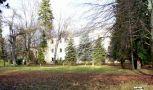 Zámek : Křinec - pohled na zámek parkem od jihu - foto z 31. 12. 2006