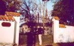 Zámek : Lužany - pohled na zámek - foto z r. 2004
