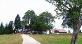 Zámek : Nová Louka - pohled na areál od jihovýchodu - foto z 21. 7. 2007