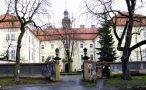 Zámek : Rožďalovice - pohled na zámek od západu - foto z 31. 12. 2006