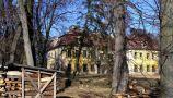 Zámek : Smolotely - pohled na zámek od jihu přes park - foto z 18. 2. 2007