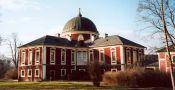 Zámek : Veltrusy - pohled na zámek; - foto z 11. 1. 2005