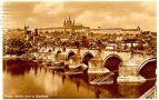 Hrad : Pražský hrad, areál hradu - pohled z Novotného lávky - pohlednice kolem r. 1941 (soukromá sbírka)
