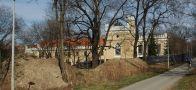 Zámek : Dolní Krč - pohled na zámek - foto z 3. 4. 2005