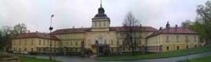 Zámek : Hořovice, nový zámek - pohled na zámek od jihozápadu - foto z 28. 4. 2013