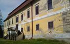 Zámek : Chotěboř - jižní zámecké průčelí, pohled od východu - foto z 19. 4. 2014