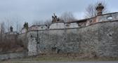 Zámek : Smilkov - detail ohradní zdi - foto ze 14. 2. 2018