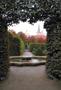 Palác : Valdštejnský palác - pohled do palácové zahrady - foto ze 3. 10. 2018