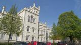 Zámek : Filipov - pohled na zámek od jihovýchodu - foto z 19. 4. 2014