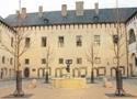 Zámek : Kutná Hora - nádvoří Vlašského dvora - foto z r. 2016 (neznámý autor)
