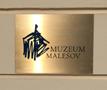 Zámek : Malešov - deska na fasádě objektu - foto z 20. 10. 2018