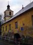 Zámek : Braník - nároží dvora s osmibokou věží, pohled od západu - foto z 23. 1. 2018