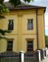 Zámek : Břežany - jižní nároží západního zámeckého křídla - foto z 16. 6. 2014