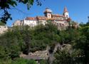 Hrad : Křivoklát - pohled na hrad od jihu - foto z 9. 5. 2018