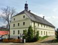 Tvrz : Děpoltovice, starý zámek - pohled na tvrz od jihozápadu - foto z let 2010-2017 (převzato: Marek Bauer)