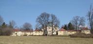 Zámek : Diana - pohled na zámek od jihozápadu - foto z let 2010-2017 (převzato: Jeremiáš Krstič)