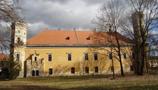 Zámek : Dolní Beřkovice - pohled na zámek od západu - foto ze 25. 2. 2012 (převzato: Ondřej Kališ)