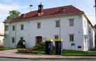Zámek : Dolní Dlouhá Loučka - pohled na zámek od severu - foto z 18. 4. 2011 (převzato: Miroslav Ulrych)