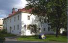 Zámek : Dolní Dlouhá Loučka - pohled na zámek od severozápadu - foto z 18. 4. 2011 (převzato: Miroslav Ulrych)