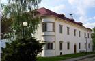 Zámek : Dolní Dlouhá Loučka - pohled na zámek od jihovýchodu - foto z 18. 4. 2011 (převzato: Miroslav Ulrych)
