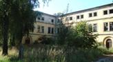 Zámek : Horní Dlouhá Loučka - jižní zámecké křídlo, pohled od severu - foto ze 7. 9. 2009 (převzato: Miroslav Ulrych)