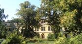 Zámek : Horní Dlouhá Loučka - jižní zámecké křídlo, pohled od severovýchodu - foto ze 7. 9. 2009 (převzato: Miroslav Ulrych)