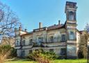 Zámek : Domoradice - severní průčelí zámku, pohled od severozápadu - foto z 28. 3. 2014 (převzato: Marek Bauer)